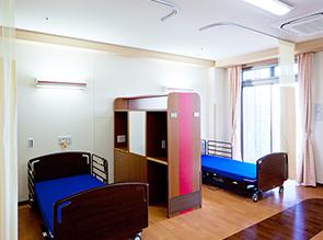 5階4床療養室